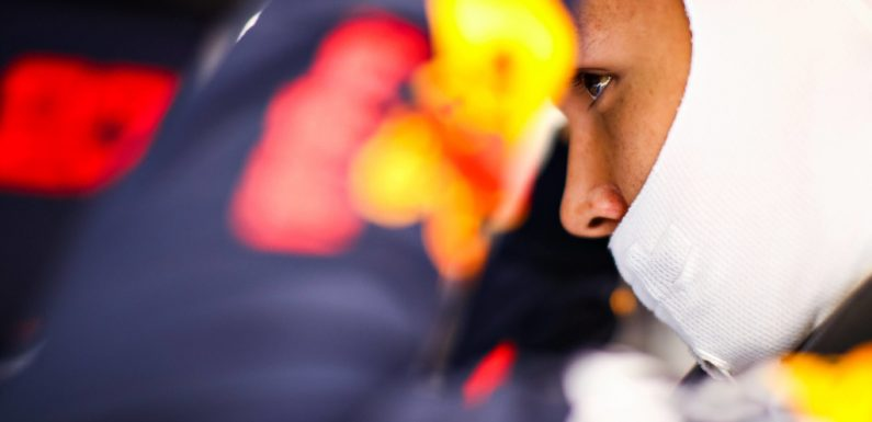 Red Bull extend Albon deadline to Abu Dhabi | F1 News by PlanetF1