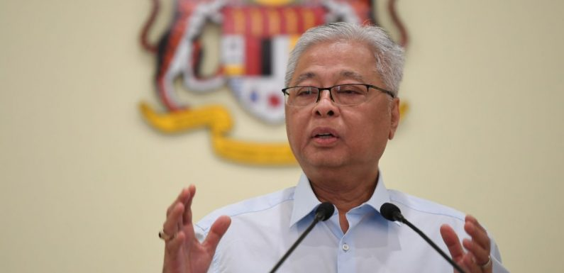 Three occupants from the same household now allowed to travel together in a car – Ismail Sabri – paultan.org