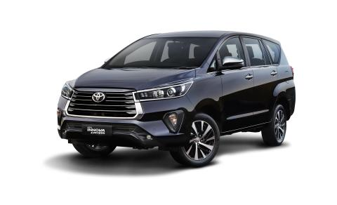 Toyota Innova Crysta facelift launched at Rs. 16.26 lakh