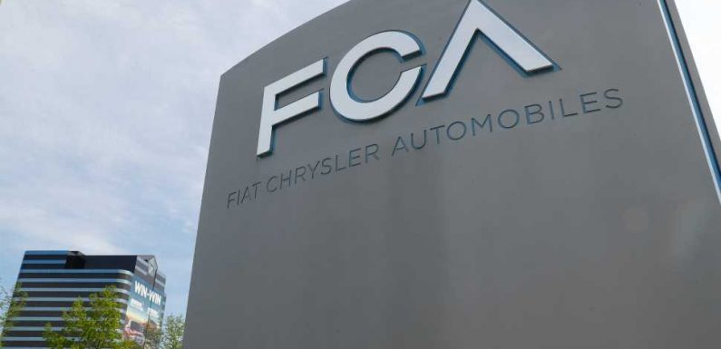 Chrysler Has a New 'Merger of Equals' With PSA 13 Years After Their Last One With Mercedes Failed