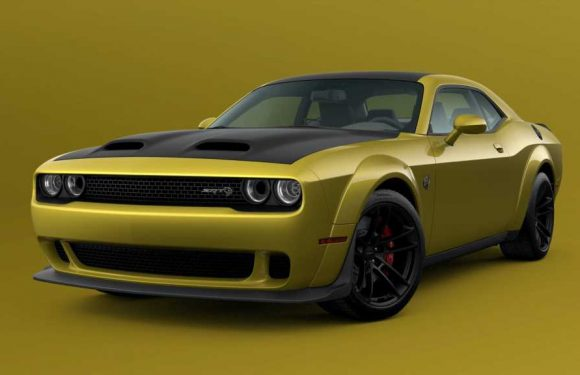 2021 Dodge Challenger Adds Gold Rush Paint Color Option