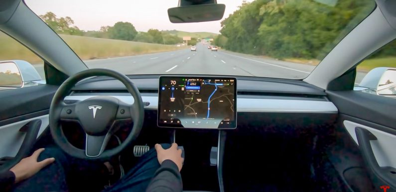 Tesla Could Expand 'Full Self Driving' Software to More Cars in Weeks