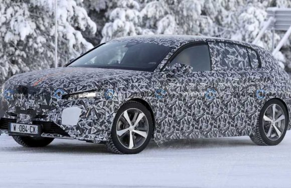 Peugeot 308 Hatchback Caught Cold-Weather Testing Near Arctic Circle