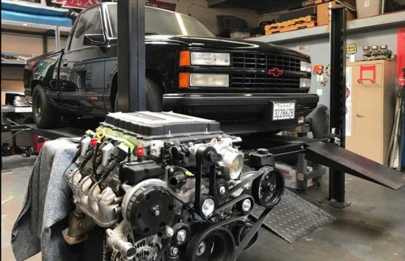 Dax Shepard Is Building an LT4-Swapped Chevy 454 SS Pickup