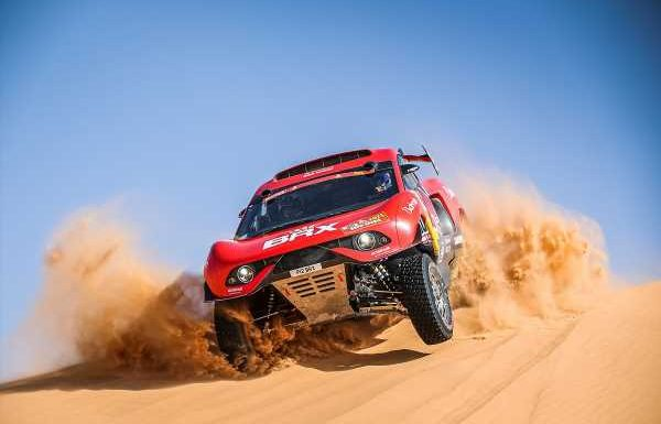 Loeb focuses on development work in Dakar after eight-hour stop