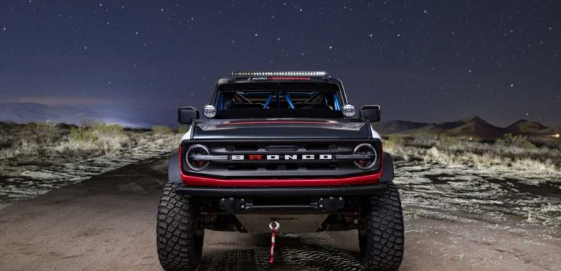 The 2021 Ford Bronco 4600 Race Truck Is Today's Slice of Radness
