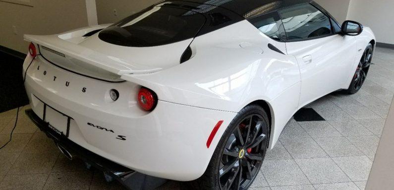 A US Dealer Just Sold A Brand New 2014 Lotus Evora