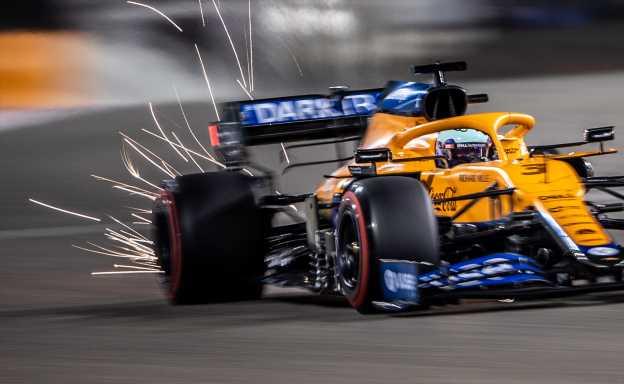Floor damage cost Ricciardo 'considerable downforce'