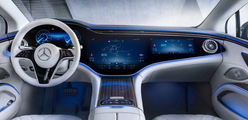 Here's the Electric Mercedes-Benz EQS Sedan's Screen-Centric Interior