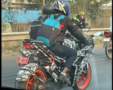 2021 KTM RC 200 spotted testing in India