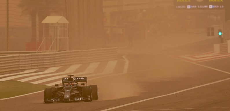 Strong wind and a risk of sandstorms in Bahrain
