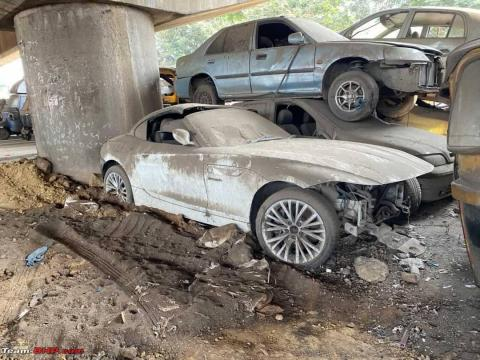 BMW Z4 sportscar abandoned at a police station in Mumbai