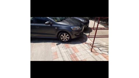 Parking on footpaths in Bangalore – Here's what I did