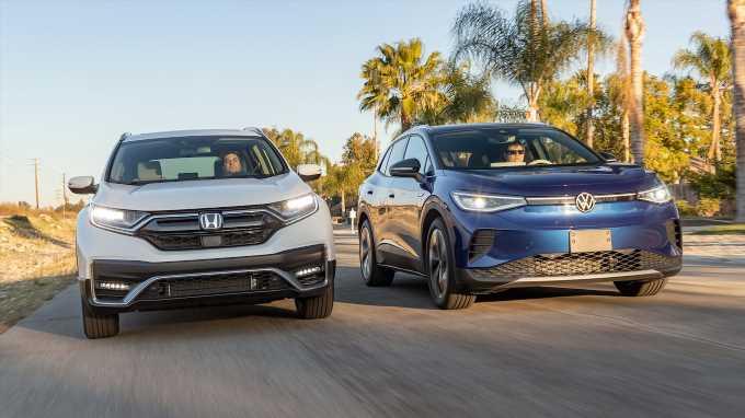 2021 Volkswagen ID4 vs. 2021 Honda CR-V: Almost Equals