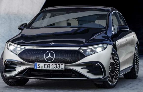 2022 Mercedes-Benz EQS: Genius Engineering and a Claimed 478-Mile Range in the First True Luxury EV