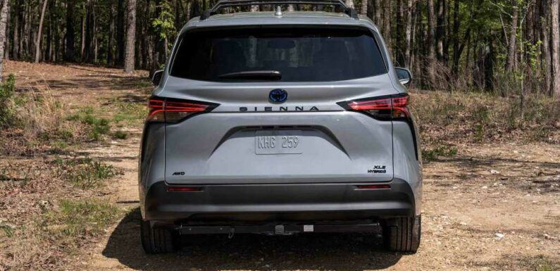 2022 Toyota Sienna Woodland Special Edition Revealed as the SUV of Minivans