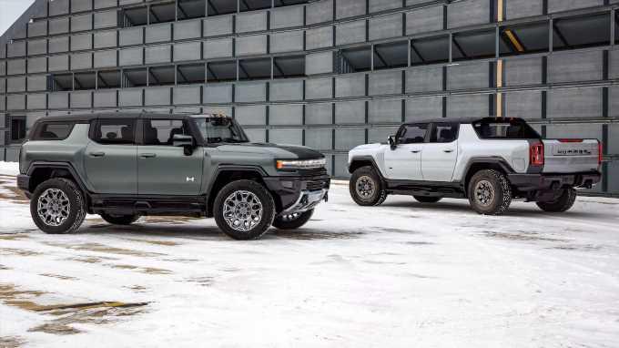 2024 GMC Hummer EV SUV and EV Pickup Off-Road Specs Compared