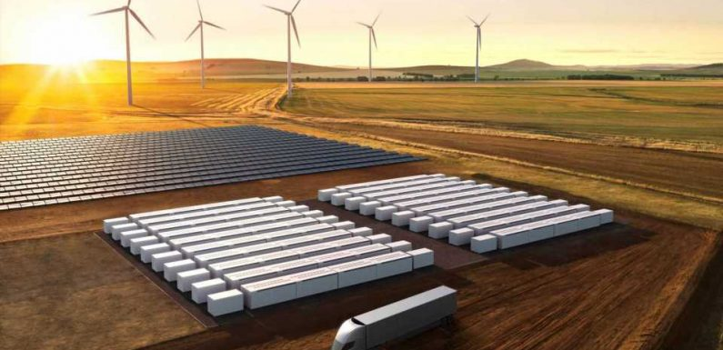 Apple Plans To Use Tesla Battery Storage Systems At CA Solar Farm