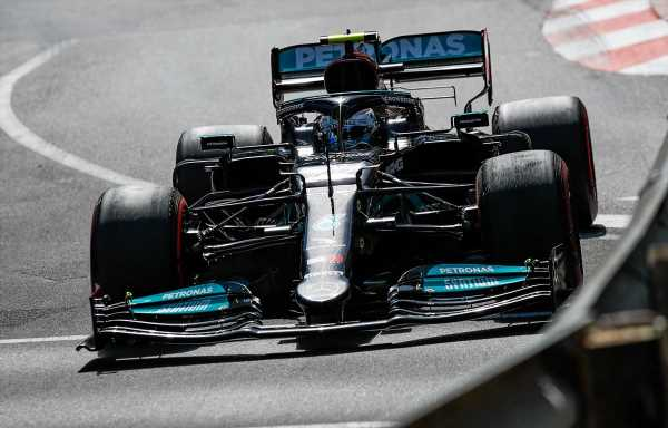 Helmut Marko draws more attention to Mercedes front wing