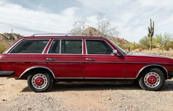 This Fetching 1979 Mercedes-Benz Wagon With 782K Miles Is Nowhere Near Ready To Retire