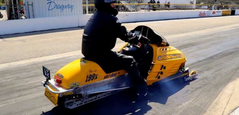 Watch a Modded Snowmobile Keep Up With a Hayabusa at the Drag Strip