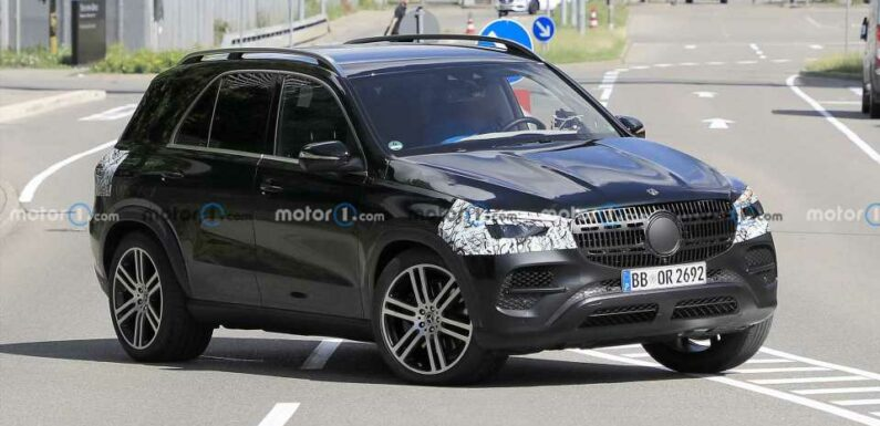 2023 Mercedes GLE Facelift Spied For The First Time
