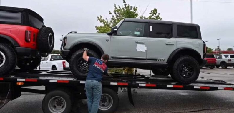 Ford Broncos Are Showing Up at Buyers' Doors