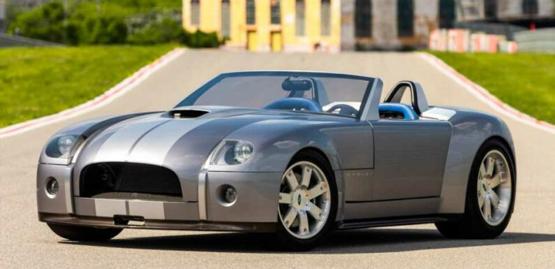 Ford's V10 Shelby Cobra Concept Heading to Auction
