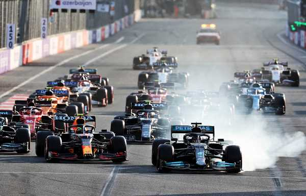 Helmut Marko explains how Perez avoided Lewis Hamilton wipeout | Planet F1