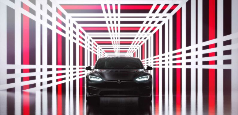 New Tesla Model S Has Smaller Battery Pack But Better Efficiency