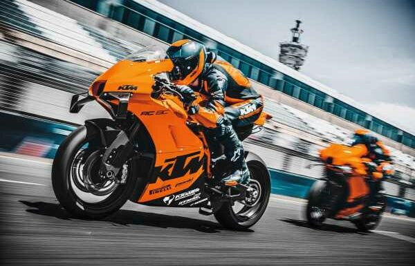 2021 KTM RC 8C limited – track only, 128 hp, 140 kg – paultan.org