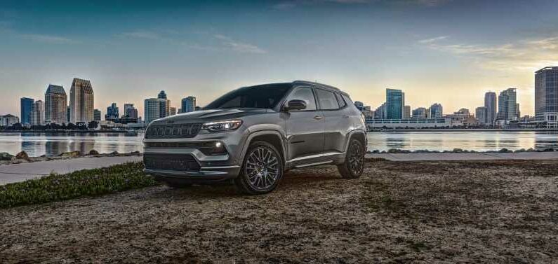 2022 Jeep Compass debuts, F-150 diesel dies, Volvo C40 Recharge previewed: What's New @ The Car Connection