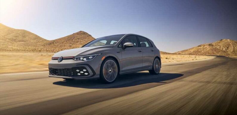 2022 Volkswagen Golf GTI costs about $1,000 more at $30,540