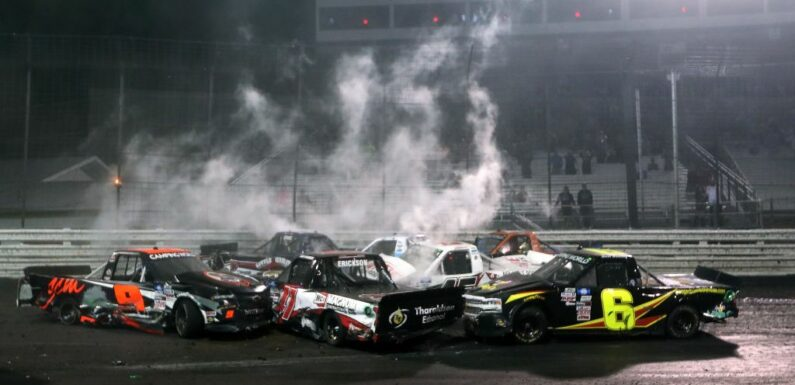 NASCAR Trucks Knoxville Race Was Either Embarassing or Awesome