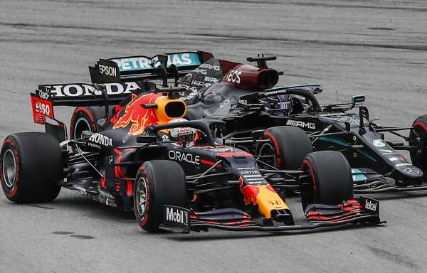 Toto Wolff: Intra-team battles are easier to handle