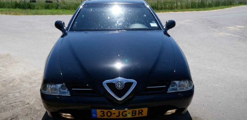 Watch Two-Decade-Old Alfa Romeo 166 Eventually Reach Its Top Speed