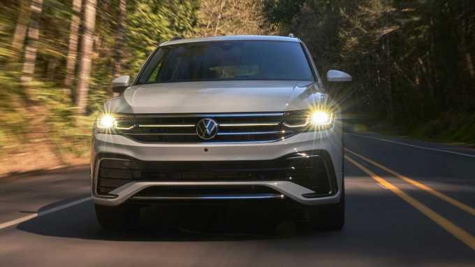 2022 Volkswagen Tiguan Drops a Trim, Adds Some Price