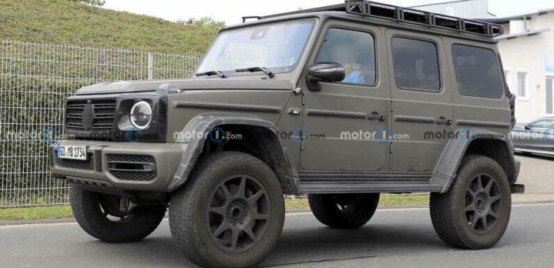 Mercedes G-Class 4×4 Squared Spied With Army Look