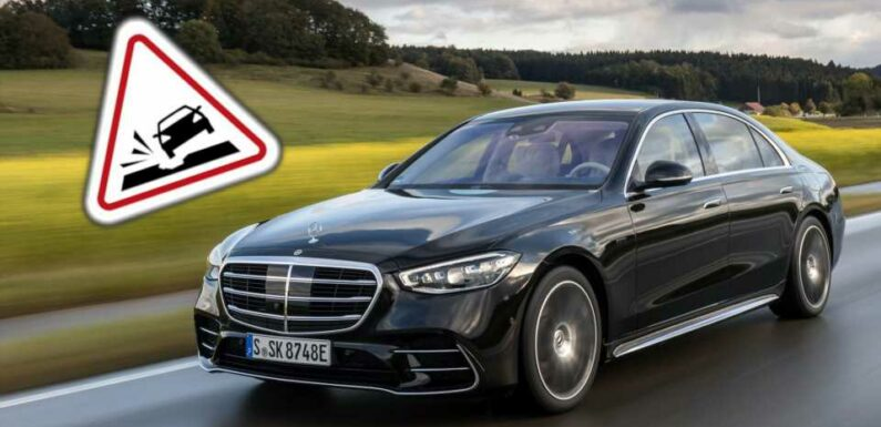New Mercedes Cars Can Warn You About Potholes