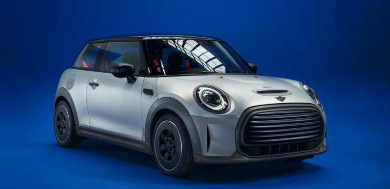 New one-off MINI Strip unveiled in collaboration with Paul Smith