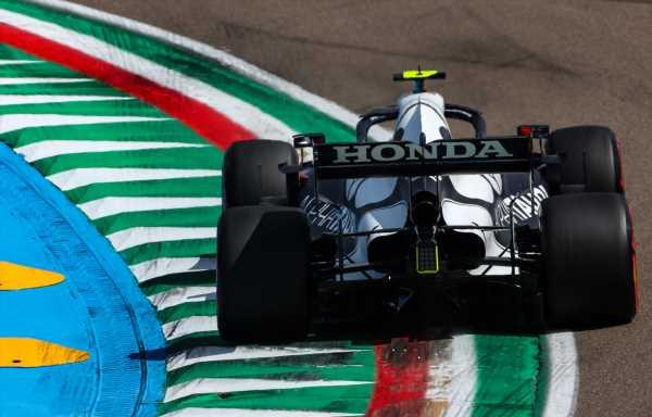 Pirelli open to discussing AlphaTauri tyre complaints