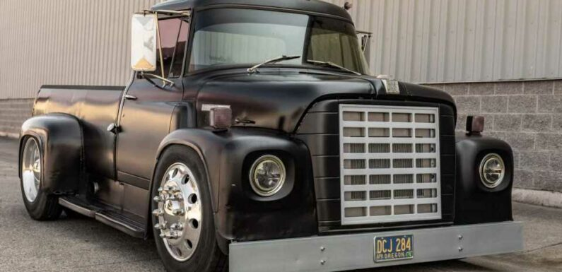 This International Harvester Truck Is Cooler Than Any New Pickup