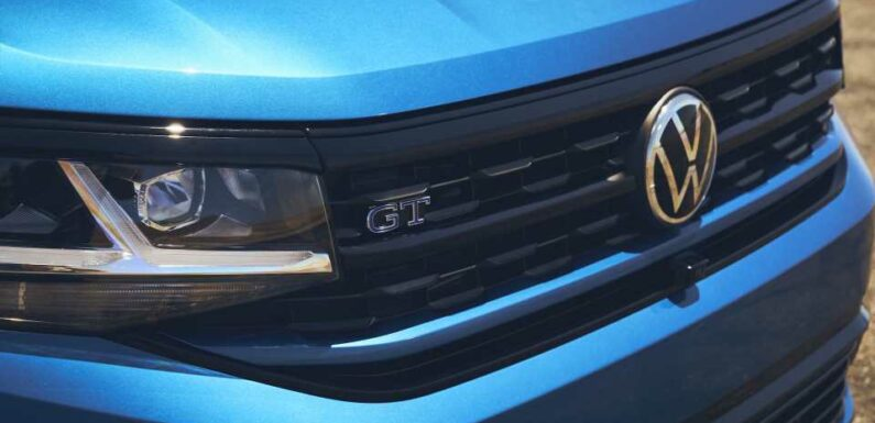 Volkswagen updates 2022 models, Ford GT honors GT40, 2022 Polestar 2 priced: What's New @ The Car Connection