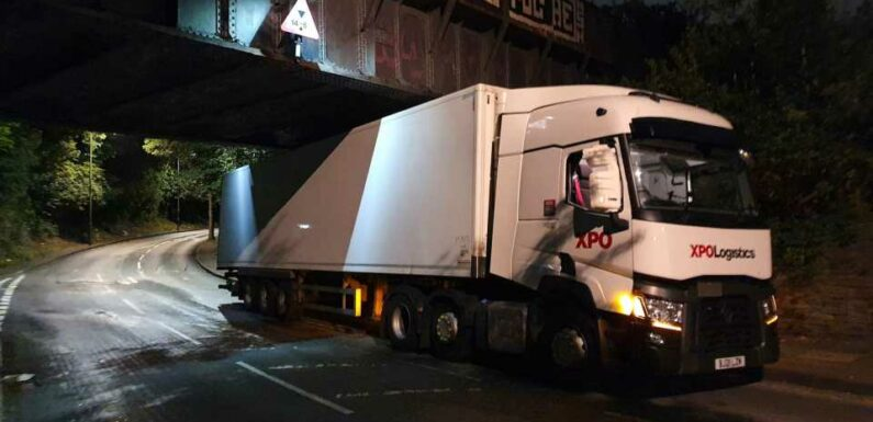 Night Shift Through the Eyes of a British Truck Driver