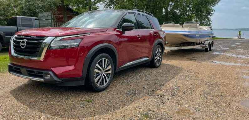 Review update: 2022 Nissan Pathfinder shifts gears again, and tows with ease