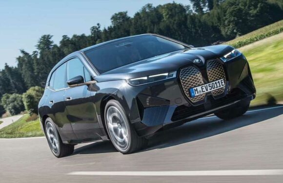 The 2022 BMW iX Will Pull Over If You Pass Out