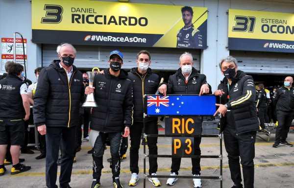 Daniel Ricciardo says Cyril Abiteboul needs to fulfil their tattoo bet soon