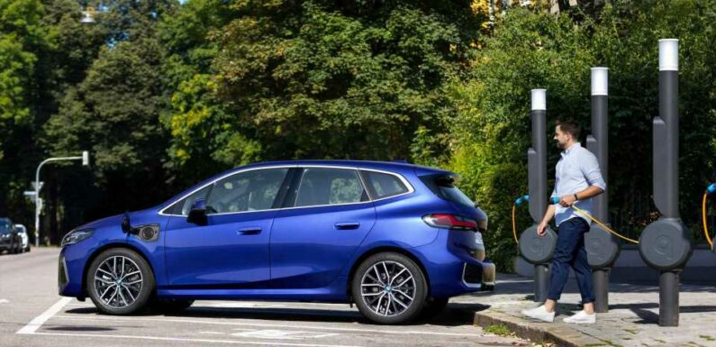 New BMW 2 Series Active Tourer PHEV Has 50-Mile Electric Range